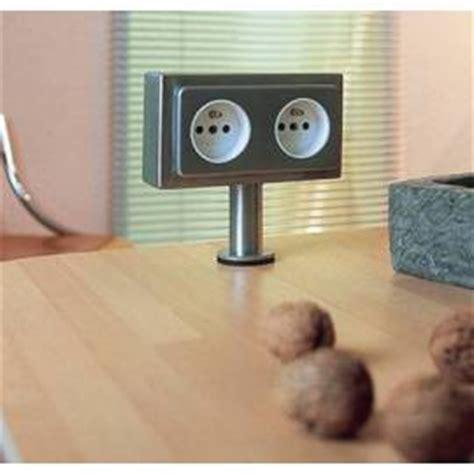 prise electrique plan de travail cuisine prises et multiprise 233 lectrique pour la cuisine