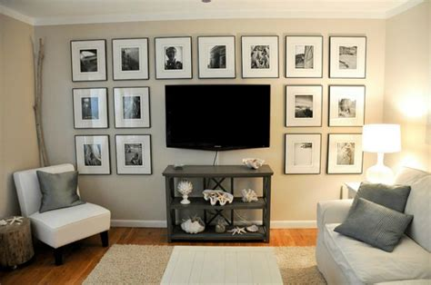 pictures to hang in living room 10 tips for a small living room decoholic
