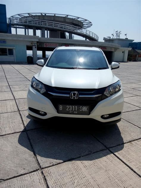Honda Hrv E 1 5 Cvt hr v honda all new hrv 1 5 e cvt 2017 matic putih km 2
