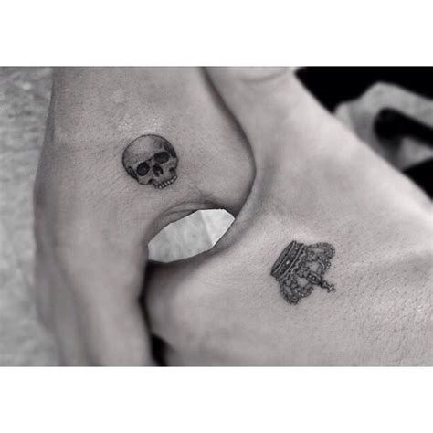 small skull and crossbones tattoo 25 best ideas about small skull on