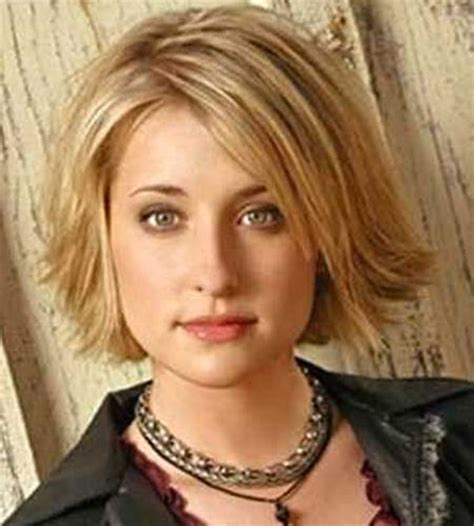 short hair cuts flipped out hairstyles for round faces trendy hairdos