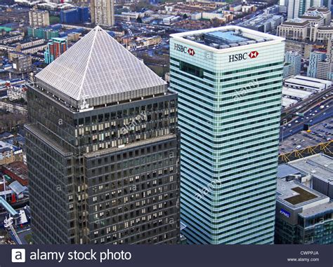 bus canary wharf stock photos bus canary wharf stock aerial view of canary wharf east london e14 stock photo