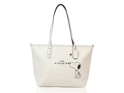 Style Violet Charmed Zipper Tote by Coach X Peanuts Snoopy Limited Edition White City Zip Tote