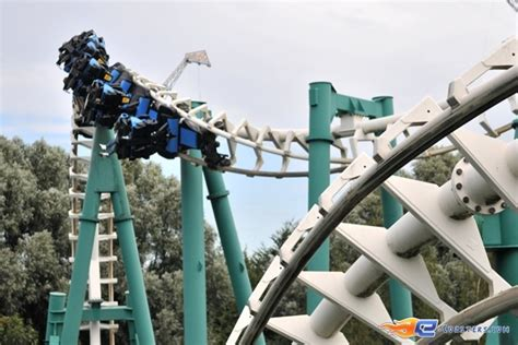 swing roller coaster 1000 images about walibi on pinterest park in roller