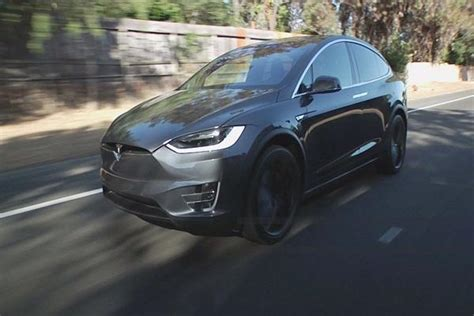 Tesla Partners Tesla Building An Ai Chip For Its Cars With Amd