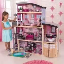 biggest doll house best 25 big doll house ideas on pinterest diy doll