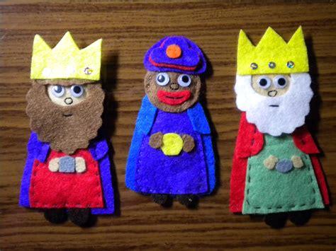 patrones de reyes magos para hacer en foami unos reyes magos de fieltro muy coloridos escuela de