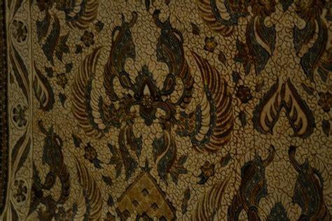 Batik Danar Hadi Original 57 batik of surakarta kingdom picture of museum batik danar