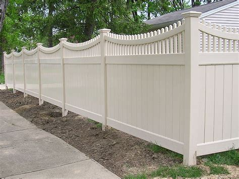 vinyl good neighbor privacy fence with scalloped top rail by elyria fence
