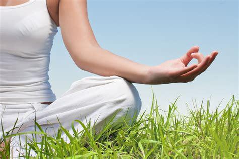 imagenes yoga y meditacion c 243 mo debemos considerar el yoga desde una perspectiva