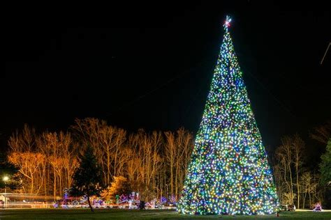 watkins park christmas lights 14 best christmas light displays near washington dc 2016