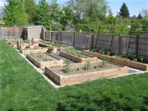 box garden layout 1000 images about garden layout ideas on