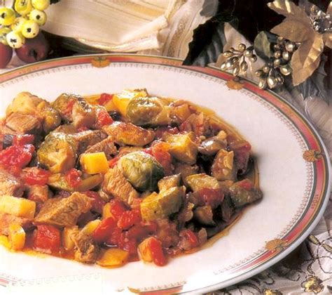 etli taze fasulye yemegi etli patates yemegi etli yemek tarifleri sebze yemekleri ne pişirsem
