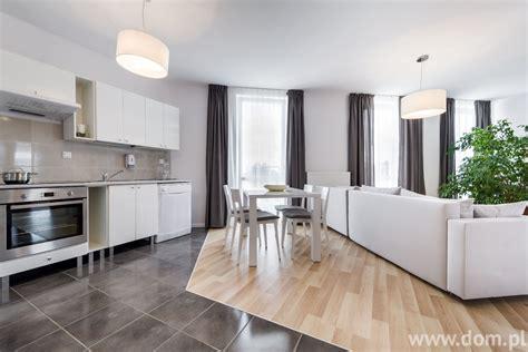 cool contemporary living room ideas for sweet home jak łączyć r 243 żne rodzaje podł 243 g w jednym wnętrzu poznaj