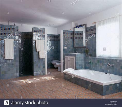 bagno con vasca incassata bagno con vasca incassata stunning interni di cemento