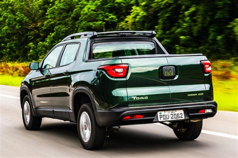 fiat toro fiat toro will give birth to a new ram midsize pick up in