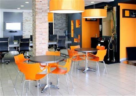 colores de pared para oficinas modernas