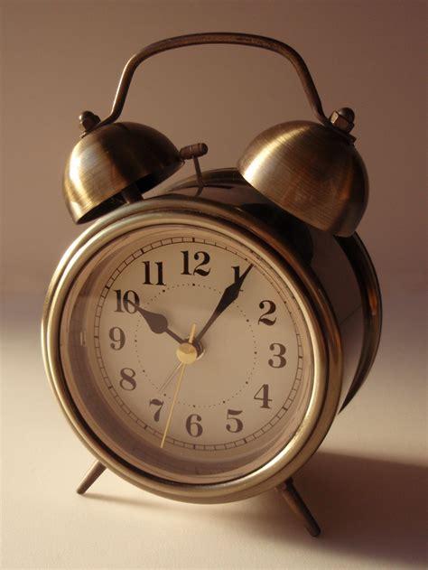 alarm clock simple wiktionary