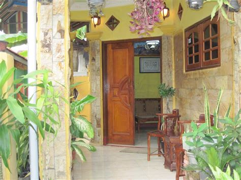 Pajangan Lukisan Dinding Doa Makan Typhography Desain Rumah Makan Bali Gambar 06