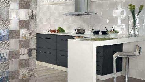 Beautiful Mosaico Cucina Piastrelle #1: cucina-con-piastrelle-decorate.jpg