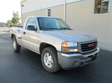 auto repair manual online 2006 gmc sierra 1500 engine control service manual car owners manuals for sale 2006 gmc sierra hybrid engine control find used