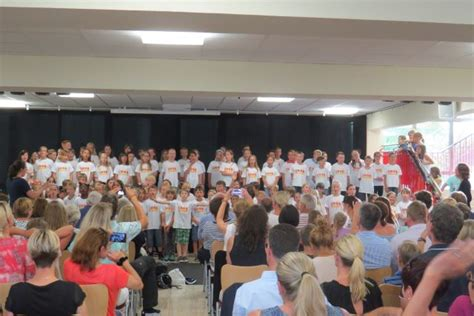 vr bank buchloe comenius grundschule buchloe sommerkonzert der chorklassen