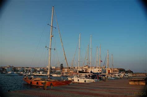 porto calasetta immagini marina calasetta porto turistico isola di