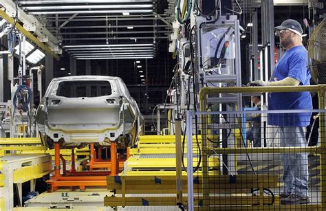 is chrysler hiring chrysler expansion at toledo jeep plant exceeds its hiring