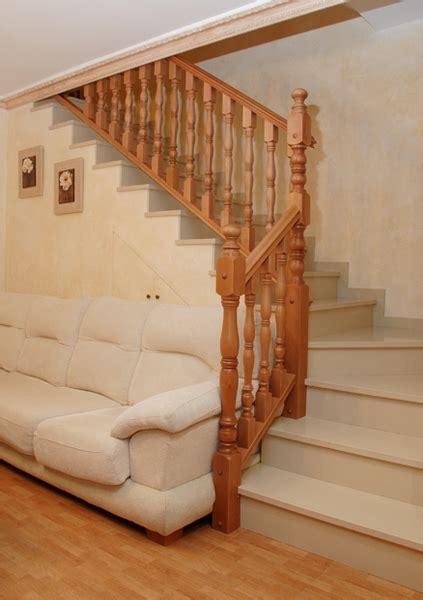 barandillas de madera para escaleras barandas de escaleras de madera barandas originales para