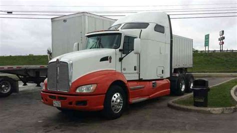 kenworth fleet trucks for sale kenworth 2011 sleeper semi trucks