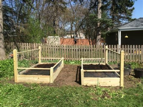 1 Foot Trellis One 3x10 Ft Pine Raised Bed With 4 Foot Trellis And Fencing