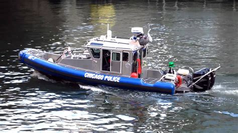 fast boat chicago chicago police 27 foot defender class fast patrol boat