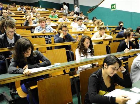 corsi universitari senza test d ingresso borse di studio 171 con il nuovo isee 30mila universitari