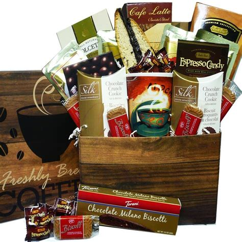 themed gift box ideas 25 christmas gift basket ideas to put together