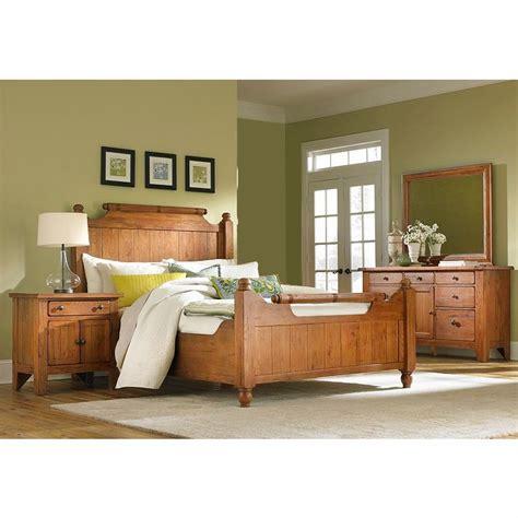 broyhill attic heirlooms bedroom broyhill attic heirlooms 4 piece feather queen bedroom
