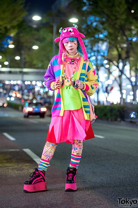 harajuku fashion walk organizer junnyan in kawaii street