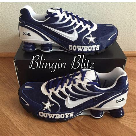 Flat Shoes Rsr dallas cowboys footwear nike shox the river city news