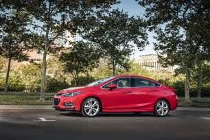 2016 chevrolet cruze earns 42 mpg rating gm authority
