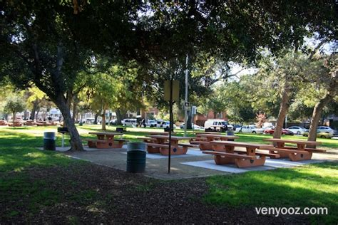 table lake blvd bbq pits picnic tables at encino park encino ca venyooz