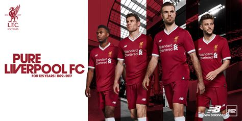 new year 2018 liverpool new balance c 233 l 232 bre les 125 ans de liverpool avec un