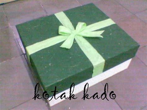 Kotak Kado Pita Polos 30x22x7 kotak kado