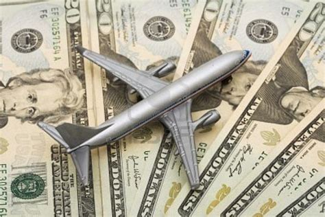 How Do Online Travel Sites Make Money - extra spending money for traveling everyone loves to travel