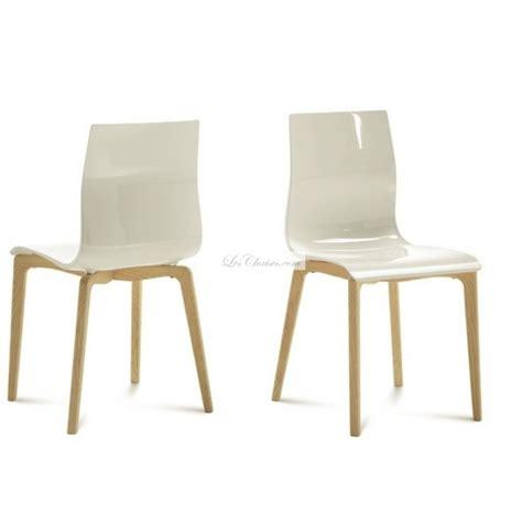chaise plastique design chaise plastique bois gel et chaises design de salle 224