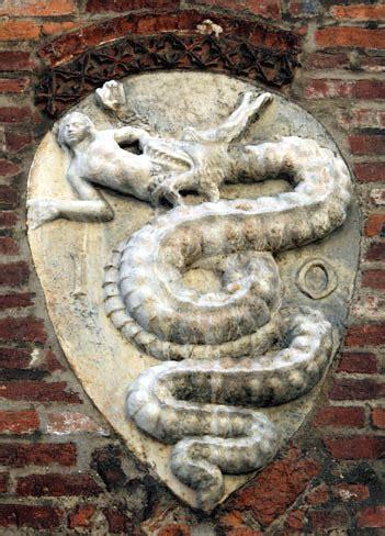 il biscione simbolo  milano