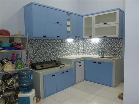 kitchen set minimalis multiplek hpl warna biru furniture semarang  sakti desain