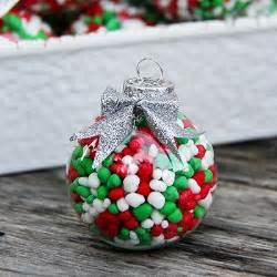 Christmas Ornament Favors 35 Creative Diy Ideas For Clear Glass Ornaments Tipsaholic
