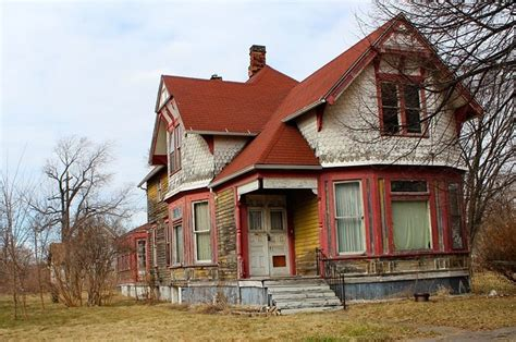 buying a house in detroit michigan what it s actually like to buy a 500 house in detroit