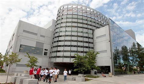 Fresno State Mba Graduation by Report Finds Fresno State Generates 716 9 Million In