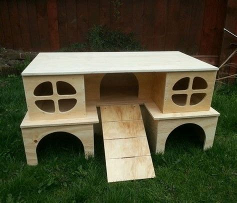 Guinea Pig Houses by 17 Best Images About Guinea Pig Hutches And Cages Diy On