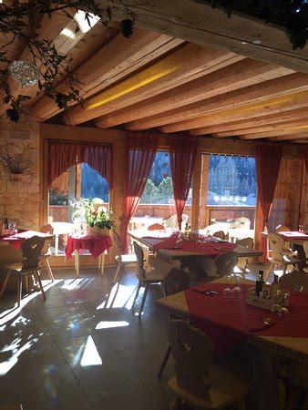 cucina emiliana ristorante taul 224 dei bos in belluno con cucina cucina